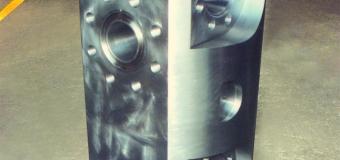 BLOCO DE VÁLVULA Ø 676,27 x Ø 517,40 x 1158,87 mm 1750 kg PARA PLATAFORMA OFFSHORE DE EXTRAÇÃO DE PETRÓLEO EM ÁGUAS PROFUNDAS